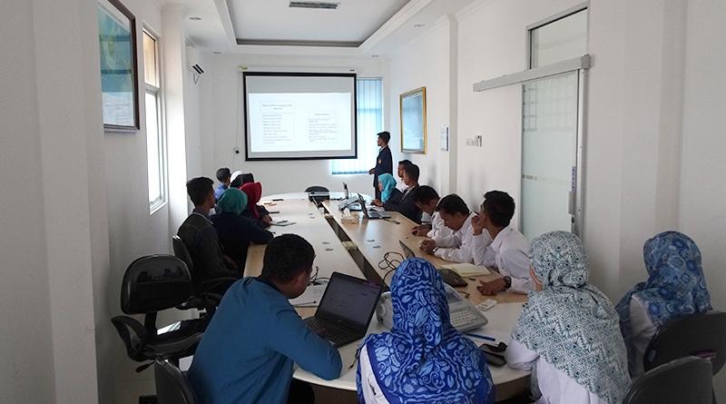 2 - mahasiswa magang presentasi