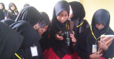SMP IT Daarul Hidayah Sukoharjo Kembali Mengunjungi Museum Gumuk Pasir