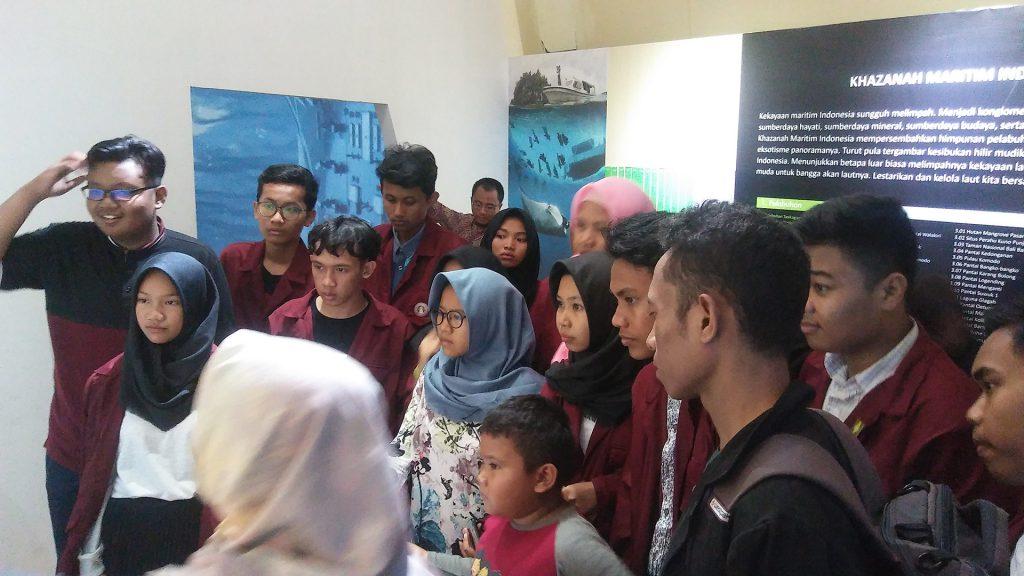SMA Muhammadiyah 5 Yogyakarta belajar Gumuk Pasir
