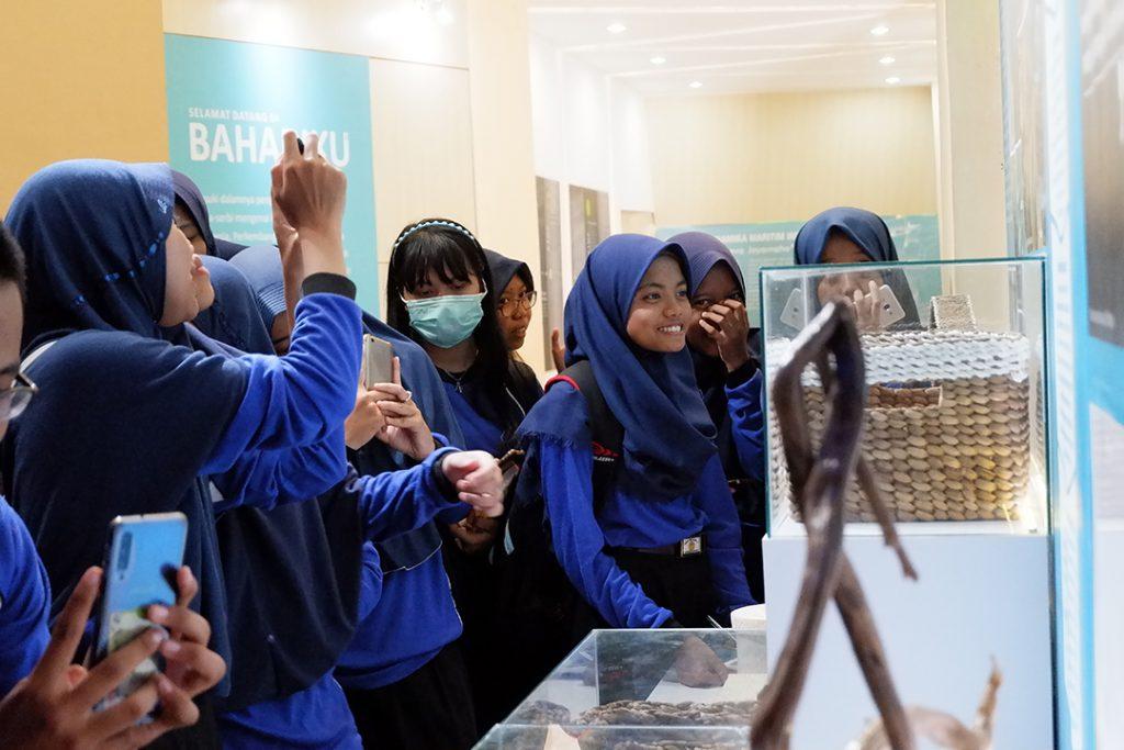 Keceriaan SMA N 1 Karanganyar Kebumen dalam Roundtrip Museum