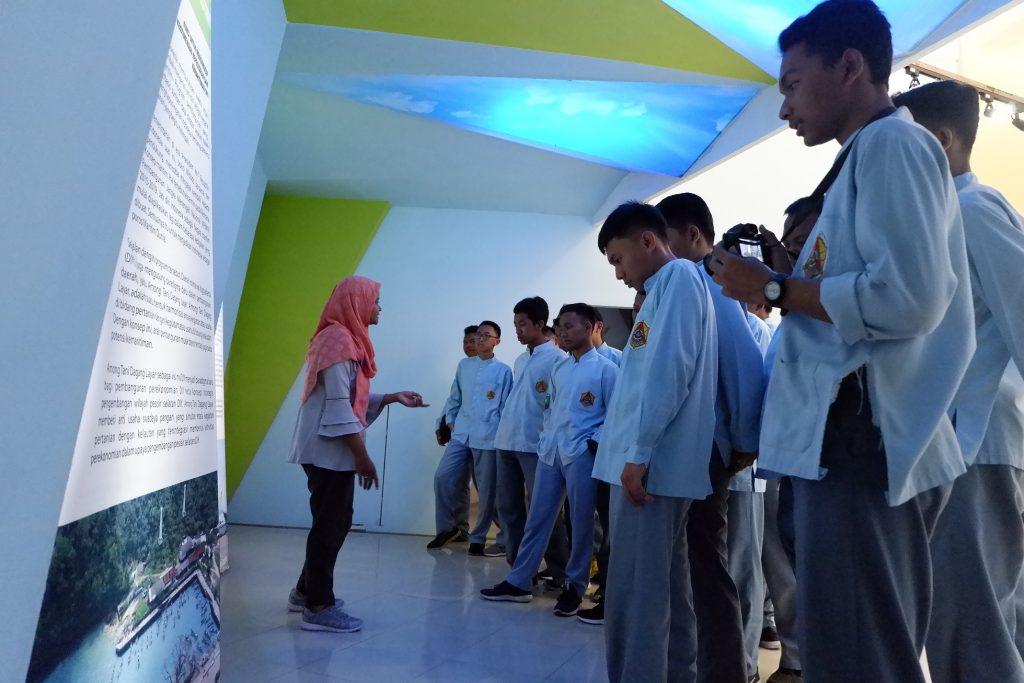 Madrasah Mualimin Belajar Sumber Daya Pesisir Yogyakarta