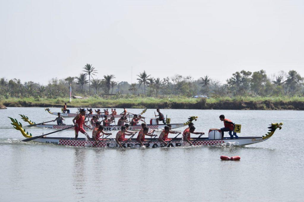 Event Festival Perahu Naga merupakan perlombaan tiap tahunnya di Bantul