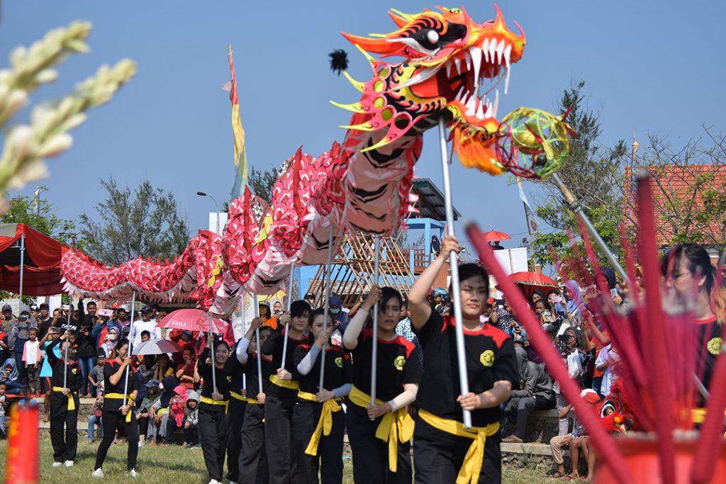 Pembukaan Final Festival Perahu Naga dimulai dengan pertunjukan kesenian