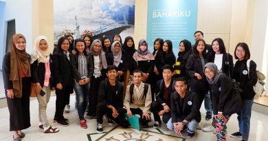 Mahasiswa STIPRAM belajar luar kelas di Museum Gumuk Pasir