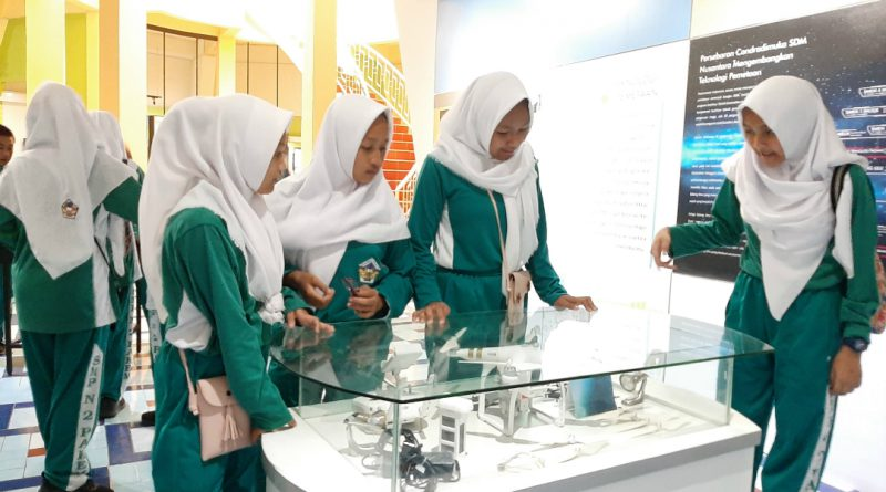 Outing Class SMP N 2 Pakem ke Museum Gumuk Pasir