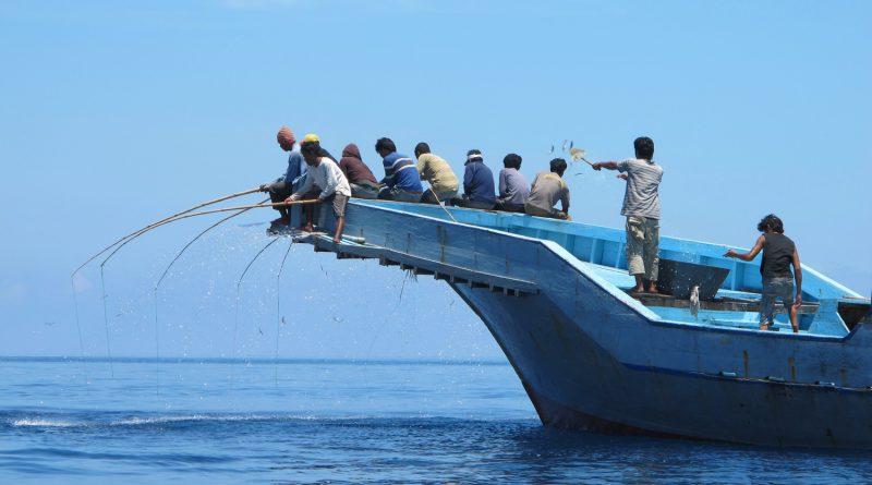Pengelolaan Kemaritiman Menuju Indonesia Sebagai Poros Maritim Dunia