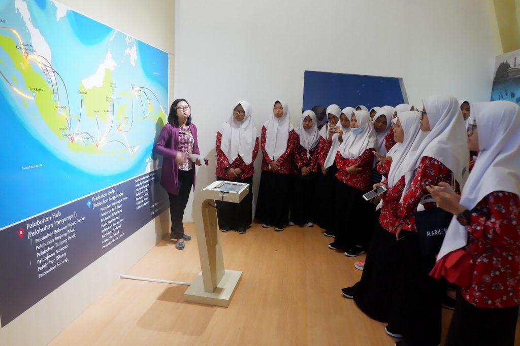 Simulasi Tol Laut di Museum Gumuk Pasir